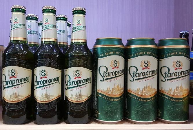 Bia Staropramen giá bán 840k/ Thùng chai. 880K/ Thùng Lon